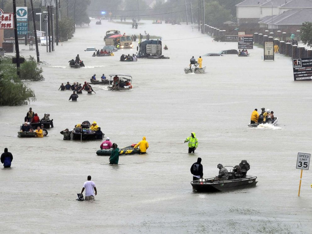 hurricane-harvey-houston-street-ap-ps-170828_4x3_992[1]